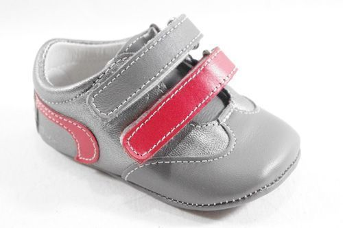 1164D2 ZAPATILLAS PARA BEBE color GRIS