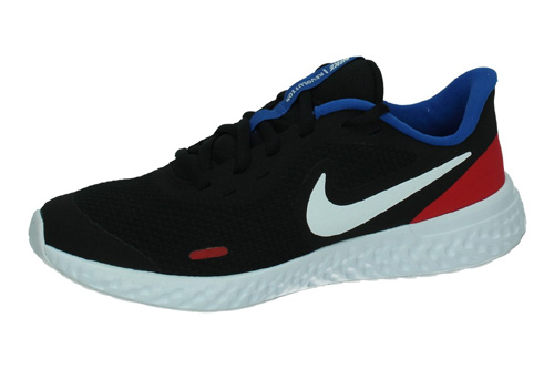 BQ5671 020 NIKE REVOLUTION 5 color NEGRO